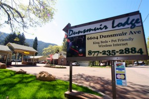 Dunsmuir Lodge sign